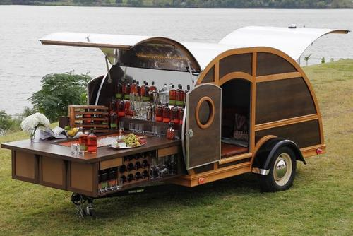 How To Use Your RV At A Tailgate