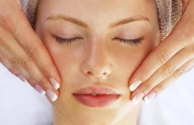 3 Ways To Deal With Problem Skin