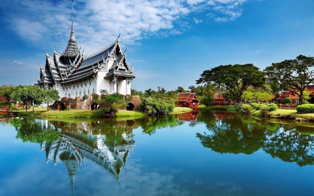 The Perfect Seventh Heaven: Phuket, Thailand