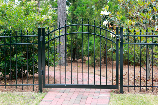 Does A Gate or Fence Make Your Home Ambience Look Decorative