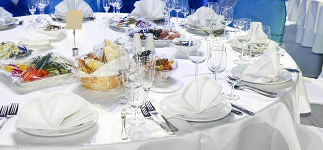 Does Choosing Cutlery Hire Service Make An Event Graceful?