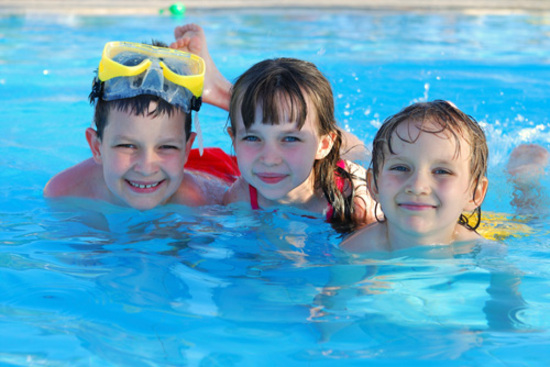 5 Incredible Benefits Your Kids Will Get From Swimming
